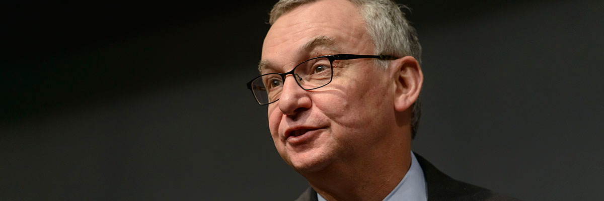 Medical oncologists José Baselga