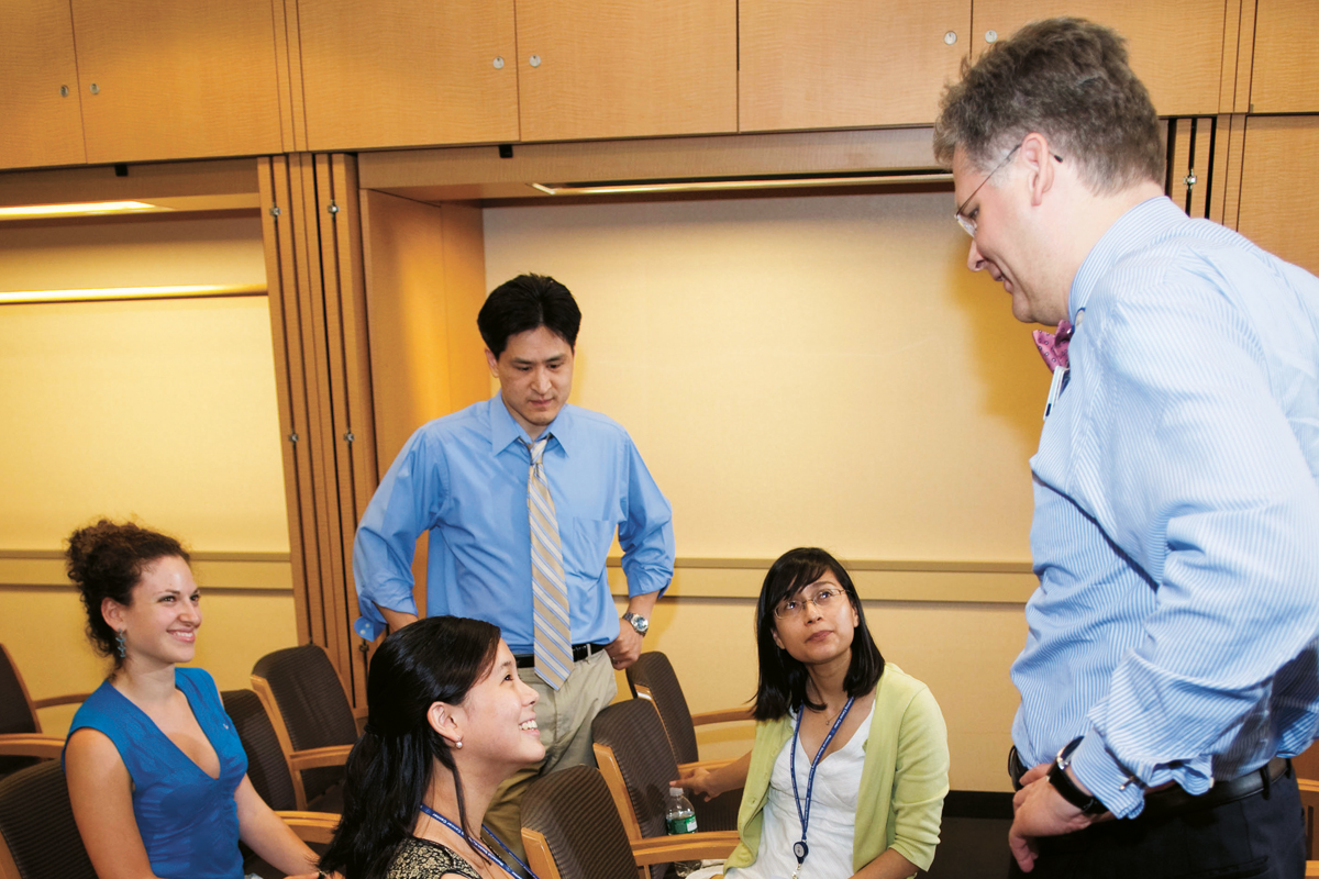 Physician-scientist Jedd D. Wolchok mentoring students