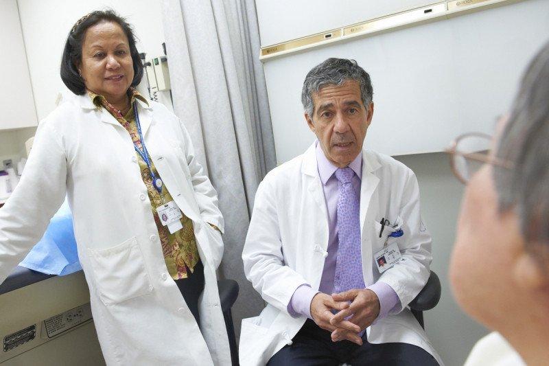 Gastroenterologist and nutritionist Moshe Shike