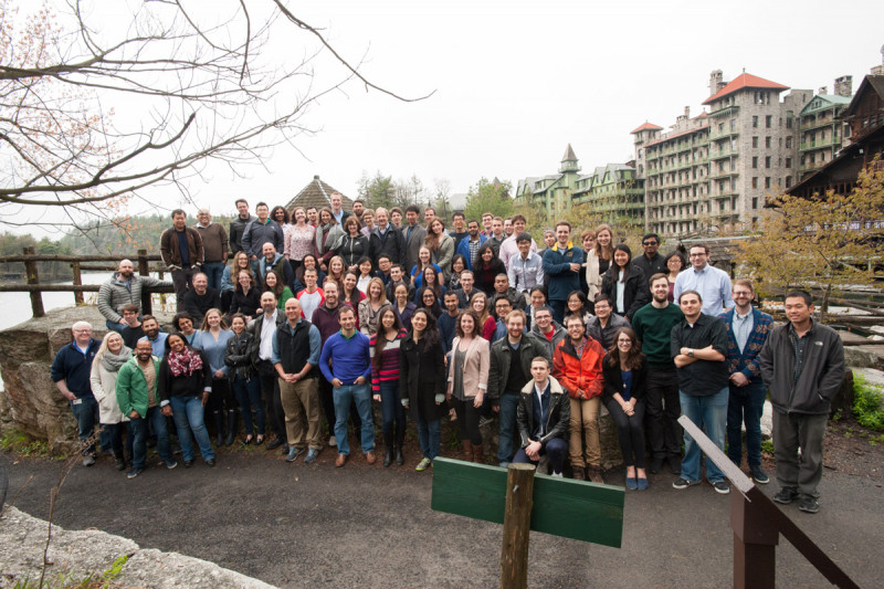 Alumni, current students, and GSK faculty bid goodbye at the end of a successful retreat.