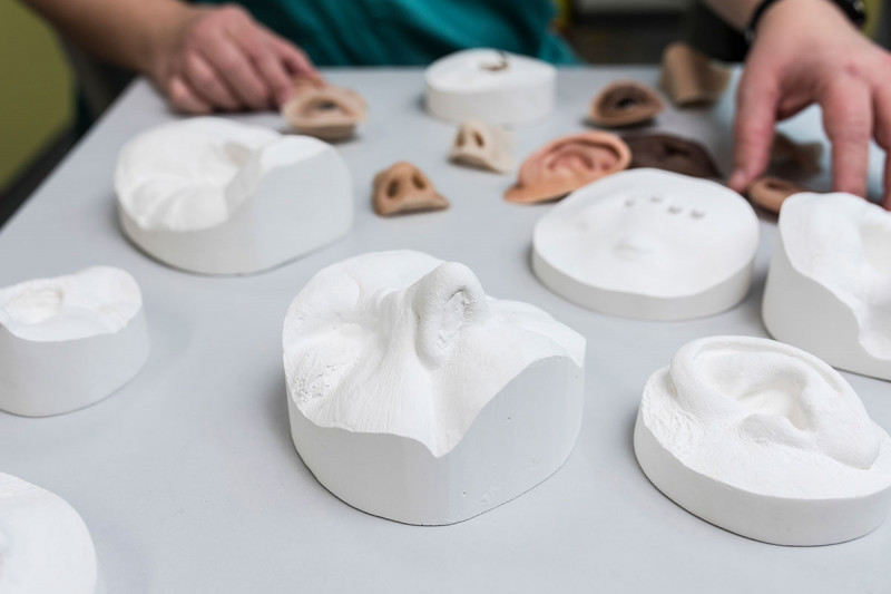 Combination of facial prosthetics and molds