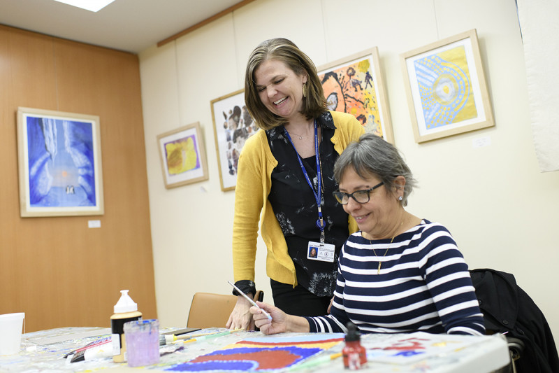 MSK art therapist Deborah Rice with a participant