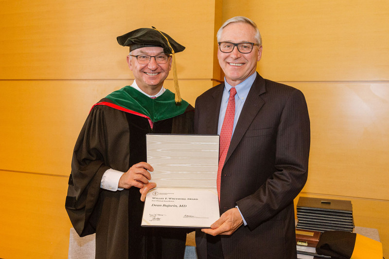 Physician-in-Chief José Baselga (left) with medical oncologist Dean Bajorin, recipient of the Willet F. Whitmore Award for Clinical Excellence