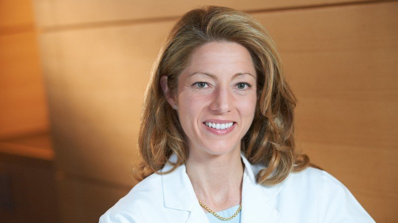 Gastric surgeon Vivian Strong talks about improved staging, progress in surgical technologies, and other advances in gastric cancer treatment in this Grand Rounds presentation.