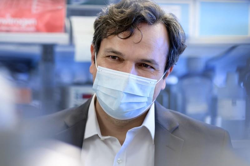 Physician-scientist Piro Lito