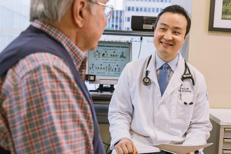MSK oncologist Bob Li