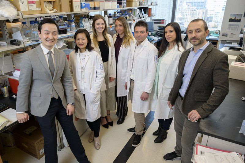 The HER2 study team (from left to right): Bob Li, Hai-Yan Tu, Mackenzie Myers, Flavia Michelini, Emiliano Cocco, Sandra Misale, and Maurizio Scaltriti