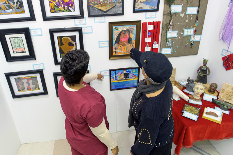 The 60th Annual Memorial Sloan Kettering Cancer Center Patient Art Show was held on April 29. Sponsored by The Society of MSKCC in conjunction with the Patient Recreation Department, the show featured 54 artists exhibiting nearly 250 pieces of art.