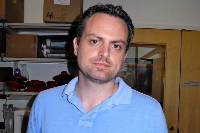 Darjus Tschaharganeh, MD