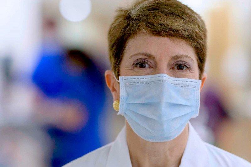 Dr. Lisa DeAngelis