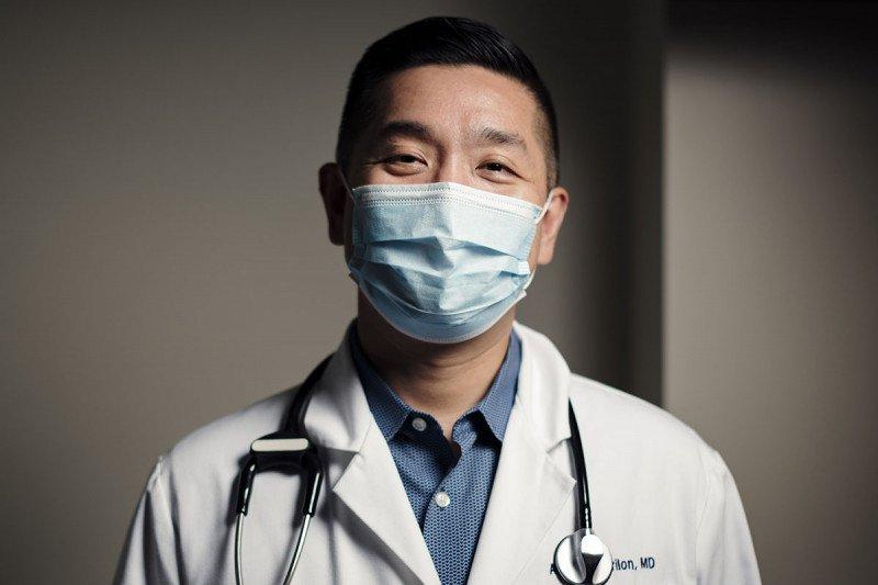 Medical oncologist Alexander Drilon