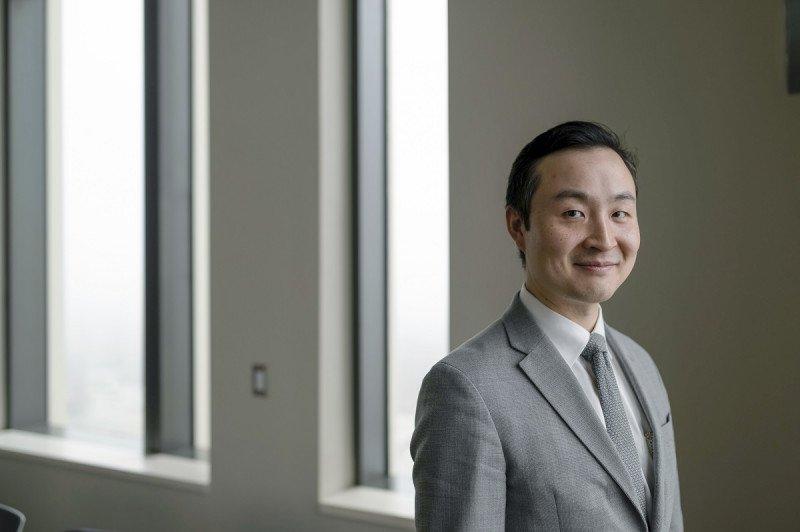 Dr. Bob Li