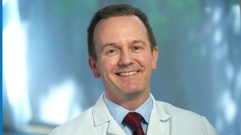 Head and Neck Surgeon Ian Ganly describes the value of transoral laser surgery as an alternative to radiation therapy for resection of early-stage laryngeal cancers.