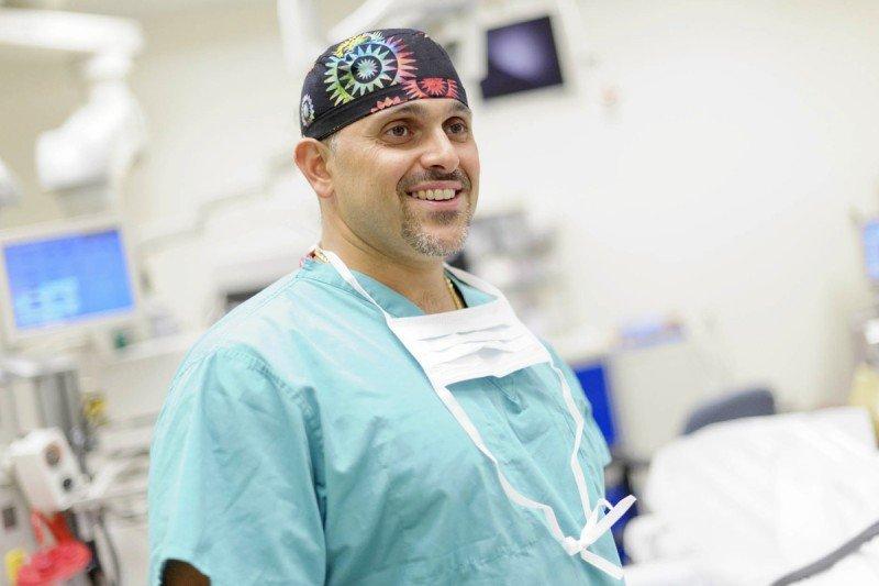 Gynecologic oncologist Mario Leitao