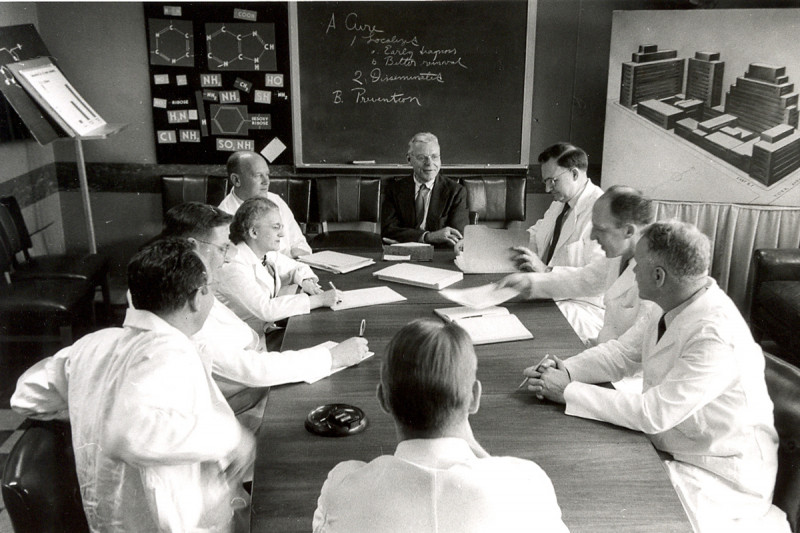 Then: Members of the Experimental Chemotherapy Division, shown here, were pioneers in the then-nascent field of chemotherapy.