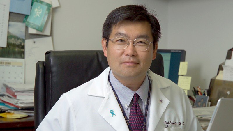 Radiation oncologist Yoshiya Yamada describes various radiotherapy techniques to treat spinal tumors.