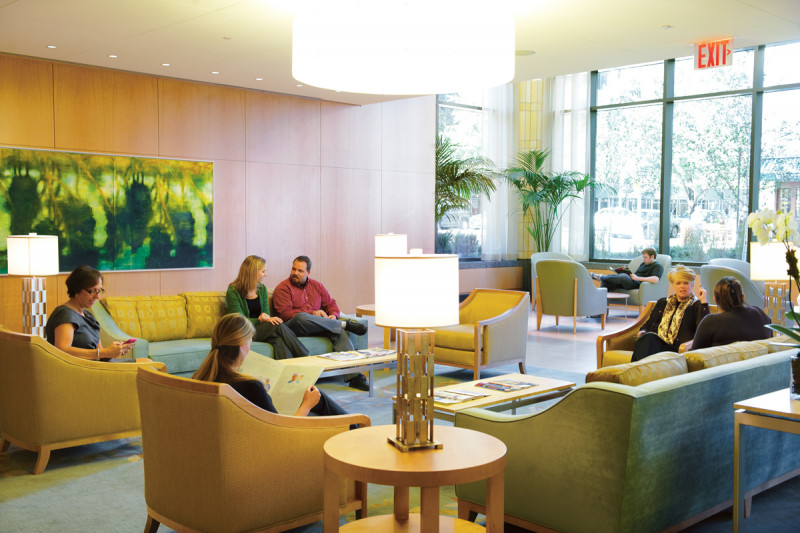 The lobby of the Evelyn H. Lauder Breast Center and the Memorial Sloan Kettering Imaging Center is flooded with natural light and graced with original artwork. It offers patients, their families, and friends the opportunity to relax in a serene setting that eases the treatment experience.