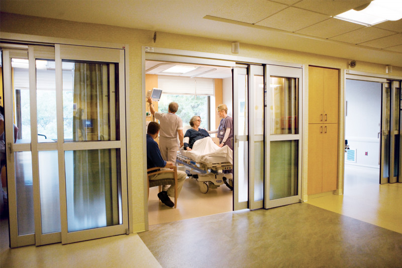 Individual bays provide comfort and privacy before and after procedures for approximately 120 patients a day.