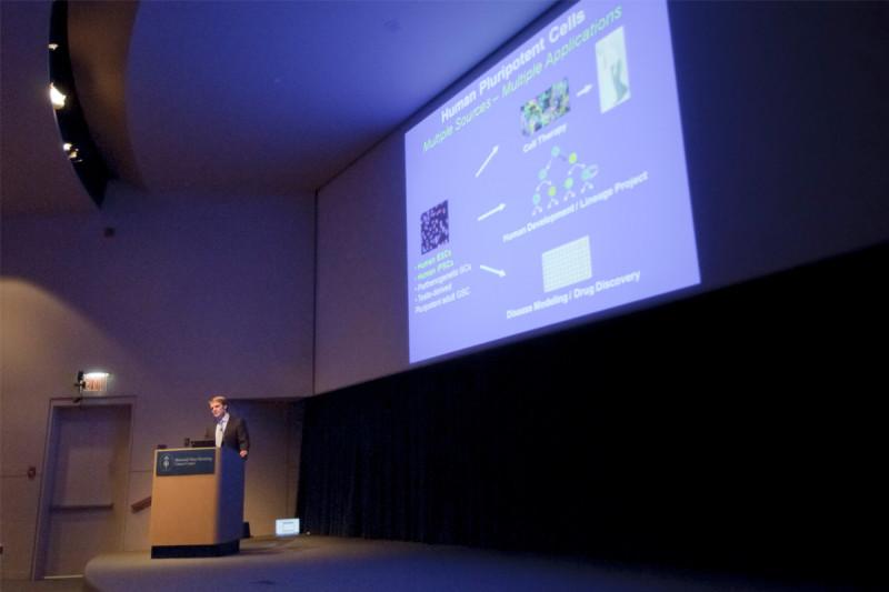 Lorenz Studer presenting SKI Center for Stem Cell Biology