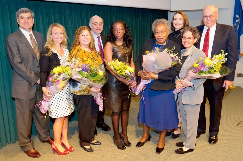 (From left) MSKCC President Craig Thompson, Stephanie Nolan Kennedy, Wanda Rodriguez, Physician-in-Chief Robert Wittes, Khadijah Abdul-Hakim, Willie Goode, Executive Director of Nursing Elizabeth McCormick, Joanne Frankel Kelvin, and Nurse Practitioner Clinical Program Director Dennis Graham.