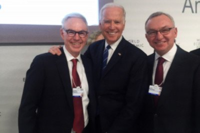 Dr. Charles Sawyers, Vice President Joe Biden, and Dr. José Baselga.