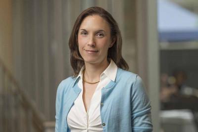 MSK pediatric neurosurgeon Caitlin Hoffman