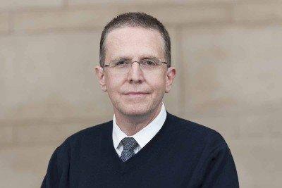 Memorial Sloan Kettering medical oncologist Rodrigo Erlich