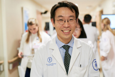 Medical oncologist Jae Park