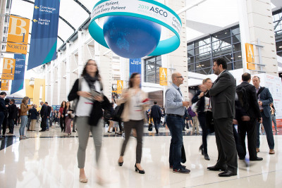 People milling about at the 2019 ASCO meeting