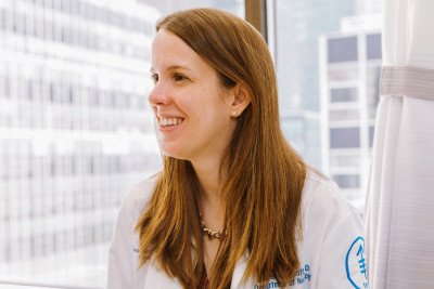 Neuro-oncologist Lauren Schaff