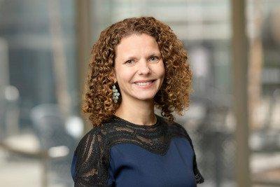 Dr.  Zsofia Stadler