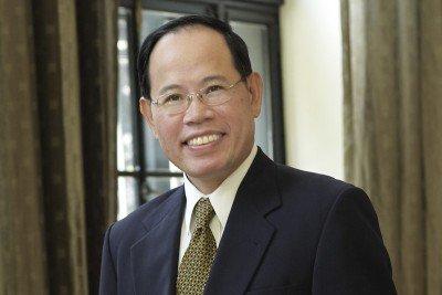 Pharmacist and herbalist Simon Yeung