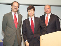 Memorial Sloan Kettering President Harold Varmus (left) and Boards Chairman Douglas Warner (right) present Columbia University economist and author Jeffrey Sachs with the Memorial Sloan Kettering Medal for Outstanding Contributions to Biomedical Research.