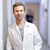 MSK dermatologic surgeon Anthony Rossi