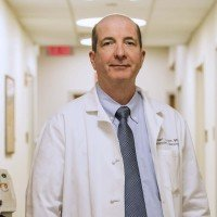 Memorial Sloan Kettering medical oncologist Robert Motzer