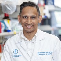 Memorial Sloan Kettering surgeon Vinod Balachandran