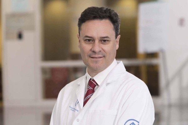 Memorial Sloan Kettering interventional radiologist Ernesto Santos