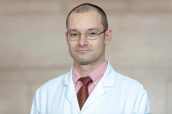 Memorial Sloan Kettering rehabilitation medicine physician Grigory Syrkin