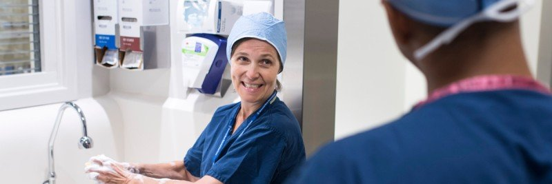 Memorial Sloan Kettering breast cancer surgeon Alexandra Heerdt prepares for a procedure