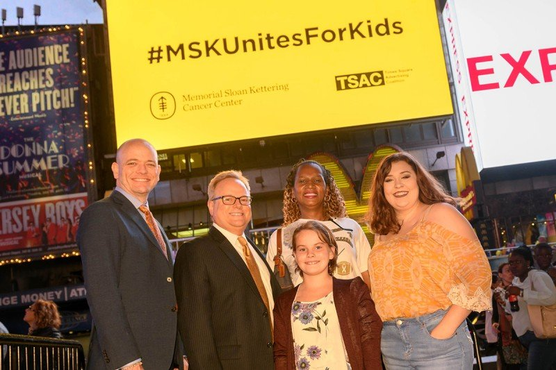 MSK patients, parents, and doctors at Go Gold event