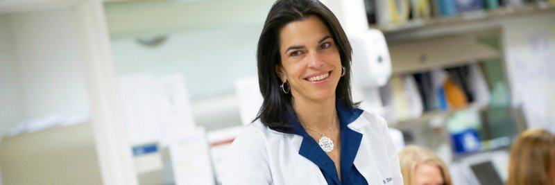 Medical oncologist Diane Reidy Lagunes cares for patients with adrenal tumors.